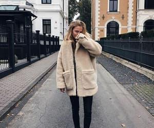 fashion, girl, and autumn image
