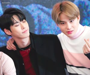 boys, fansign, and jungwoo image