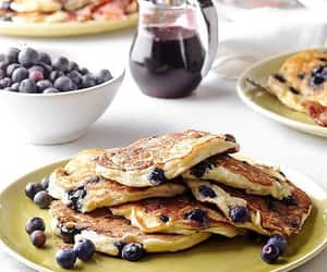 pancakes and blueberry image