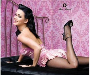 Pin Up and katy perry image