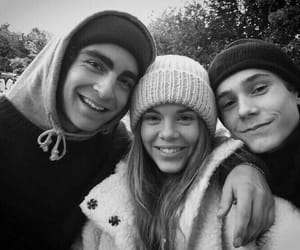 skam, eva, and jonas image