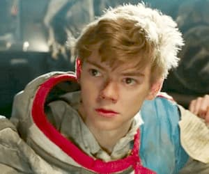 actor, thomas brodie sangster, and funny face image
