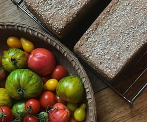 bread, frutas, and pan image
