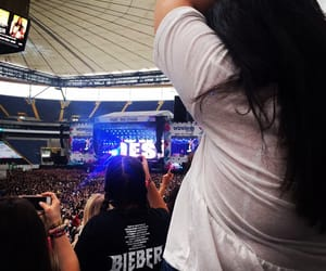 blackhair, concert, and bieber image