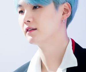 blue hair, bts, and yoongi image