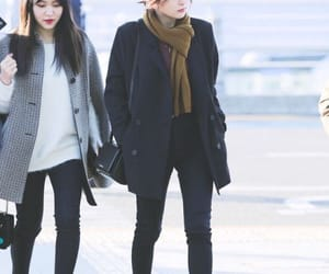 airport, fashion, and red velvet image