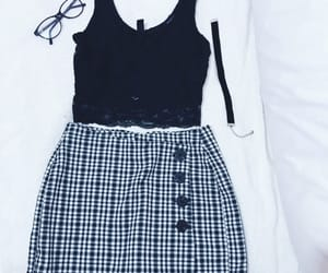 outfit, skirt, and girl image