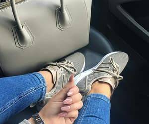style adidas zx flux adv image
