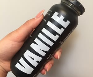 drink, smoothie, and vanille image