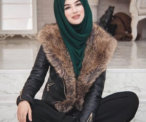 beauty, hijâbi, and fashion image