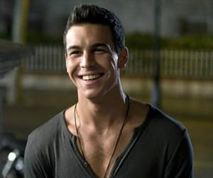 mario casas, smile, and 3msc image