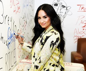 demi lovato, beauty, and style image