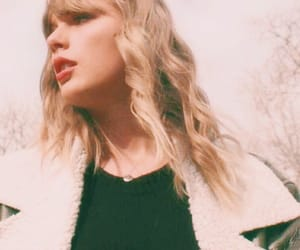 Taylor Swift, delicate, and Reputation image
