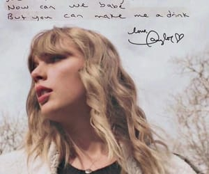 delicate and Taylor Swift image