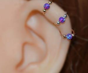 piercing, violeta, and Piercings image