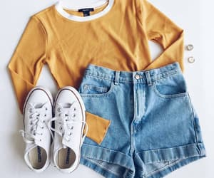 outfit, cute, and shorts image