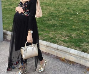 baby bump, fashion, and hijab image