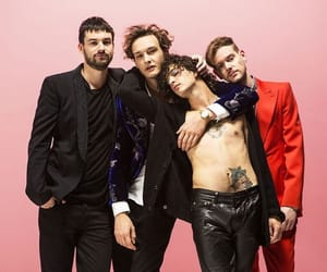 band, the 1975, and ross macdonald image