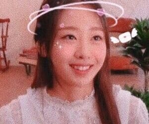 kpop icons, loona icons, and haseul icons image