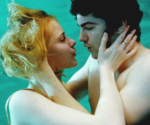 Across the Universe, couple, and jim sturgess image