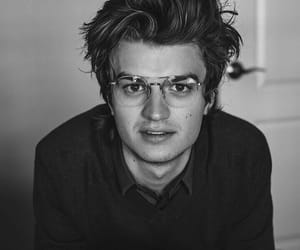 joe keery, stranger things, and handsome image