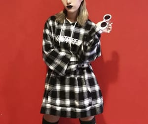 aesthetic, black, and black lipstick image