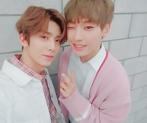 k-pop, inseong, and hwiyoung image