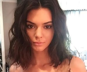 fashion, kendall jenner, and hair image