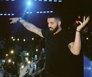Drake and champagne papi image