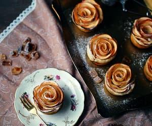 cupcake, desserts, and gif image