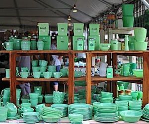 bowls, ceramics, and green image