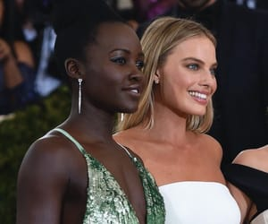 margot robbie, lupita nyongo, and oscars 2018 image
