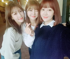soyeon, haein, and yujeong image