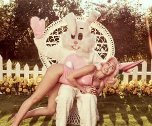 miley cyrus, easter, and pink image