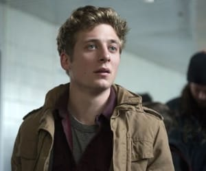 shameless, jeremy allen white, and gallagher image