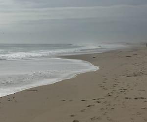 beauty, foam, and waves image