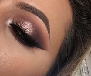makeup and eyes image