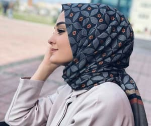 clothes, fashion, and hijab image