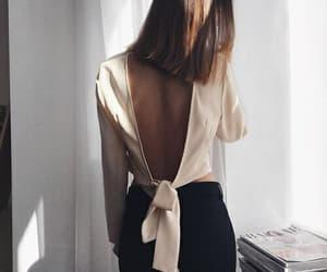 chic and moda image