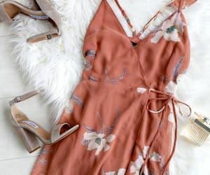 casual, vestidos, and flores image