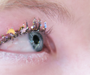 eye, make up, and glitter image