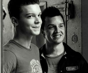 shameless, gallavich, and cameron monaghan image
