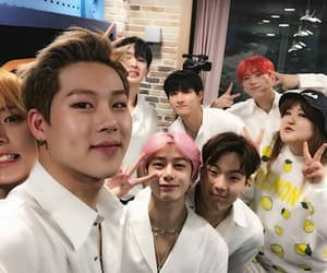 monbébé, kpop, and monsta x image