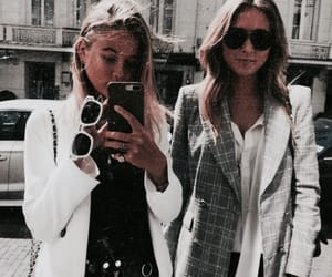 fashion and friends image