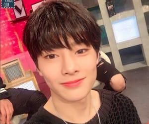 stray kids, kpop, and jeongin image
