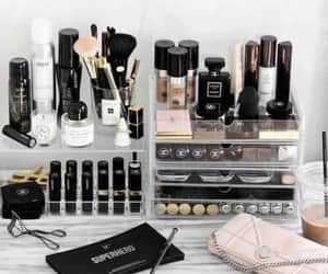 make up, vanity, and maquillaje image