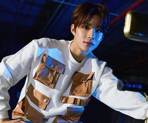 nct and jungwoo image