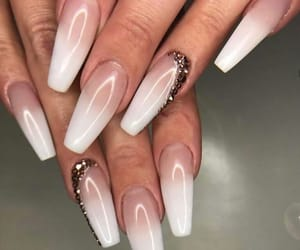 claws, nails, and baddie image