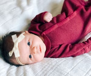 baby, hair accessories, and bow image