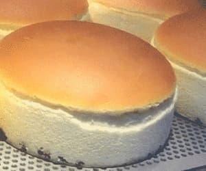 food, gif, and cheesecake image